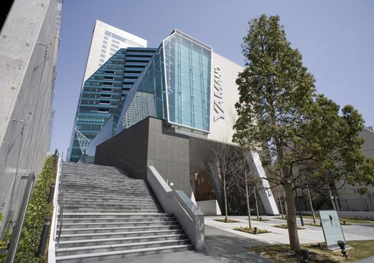 「山野美容専門学校(東京都渋谷区代々木1-53-1)」の画像検索結果
